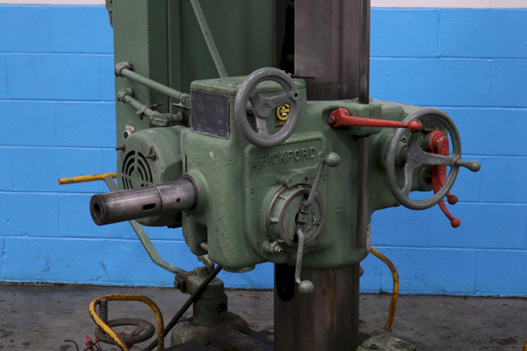 "9"" GIDDINGS & LEWIS PORTABLE HORIZONTAL RADIAL  DRILL: STOCK #73759"