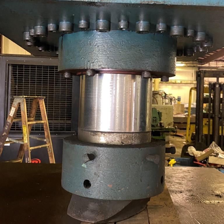 SAVAGE 625 Ton - Straighteners