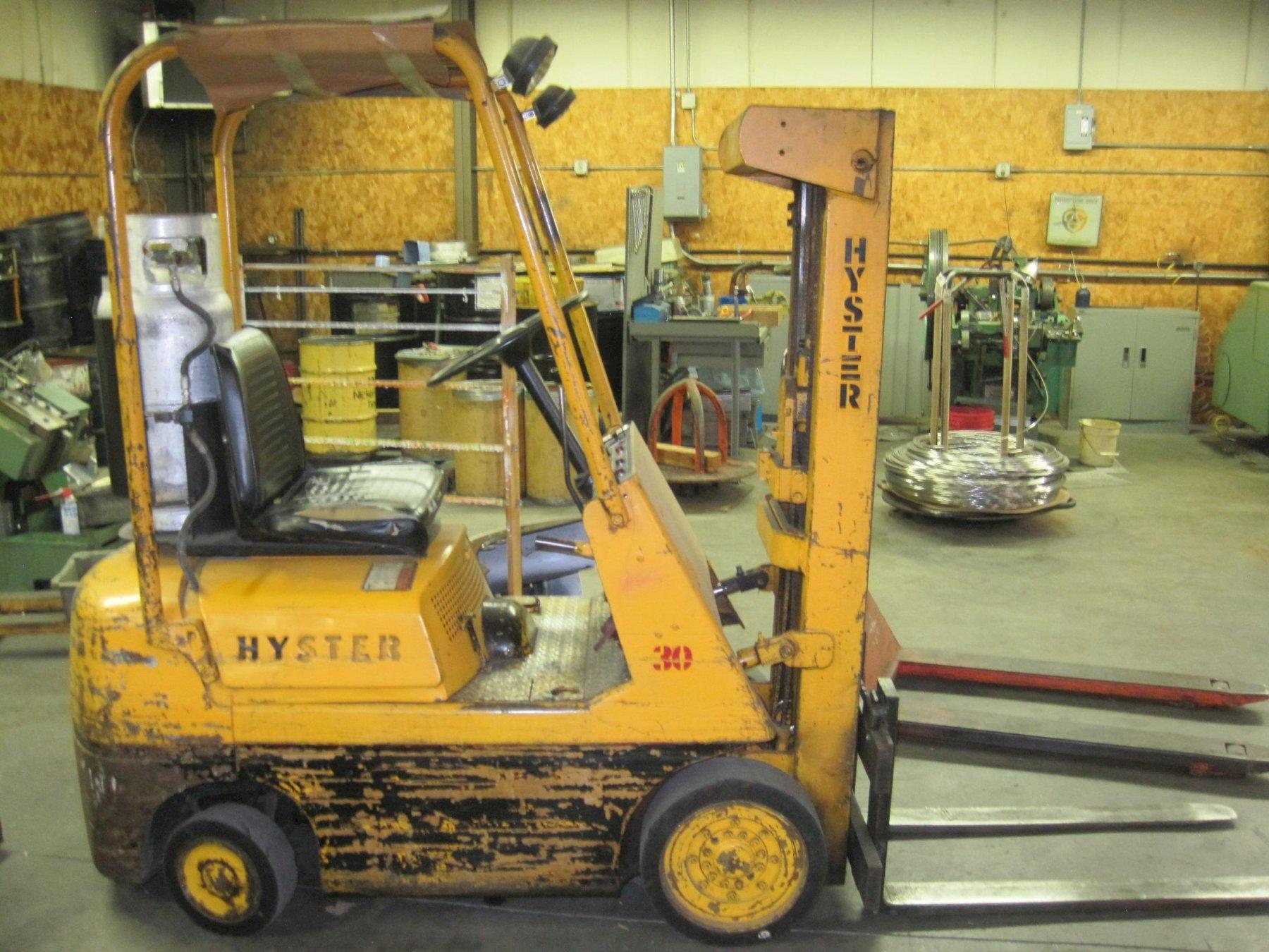 Hyster 3,000 lb Capacity Propane Forklift Model S30A
