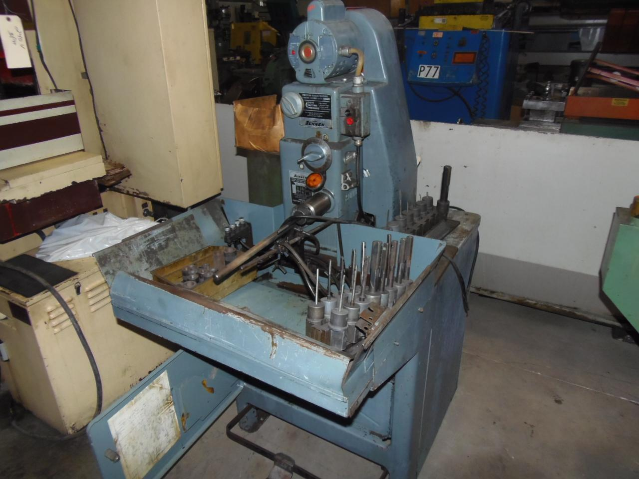SUNNEN PRECISION HORIZONTAL HONING MACHINE, MODEL MBB-1650K/C, MISC. TOOLING
