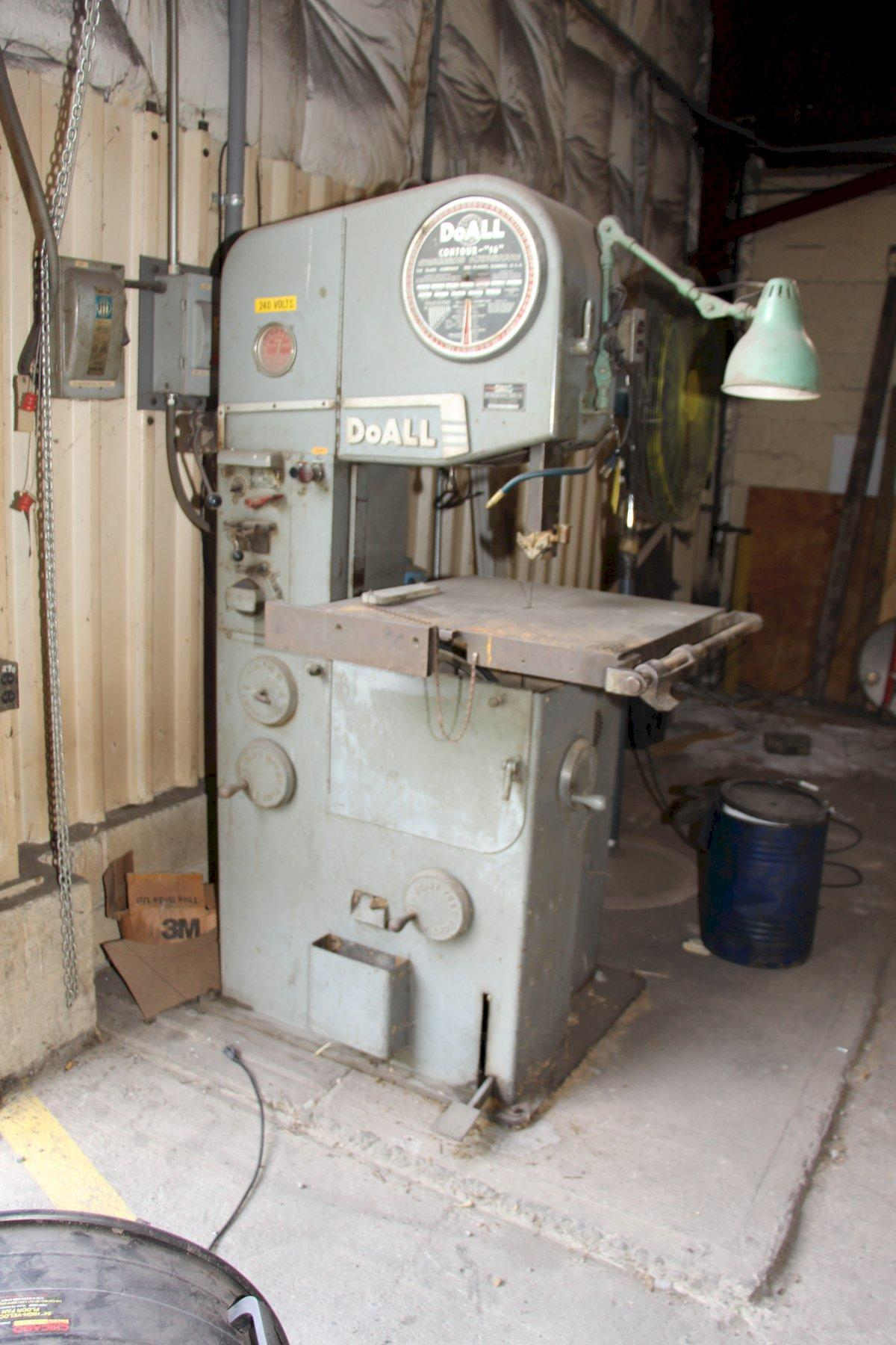 "16"" DOALL MODEL #16-2 CONTOUR VERTICAL BAND SAW: STOCK 11201"