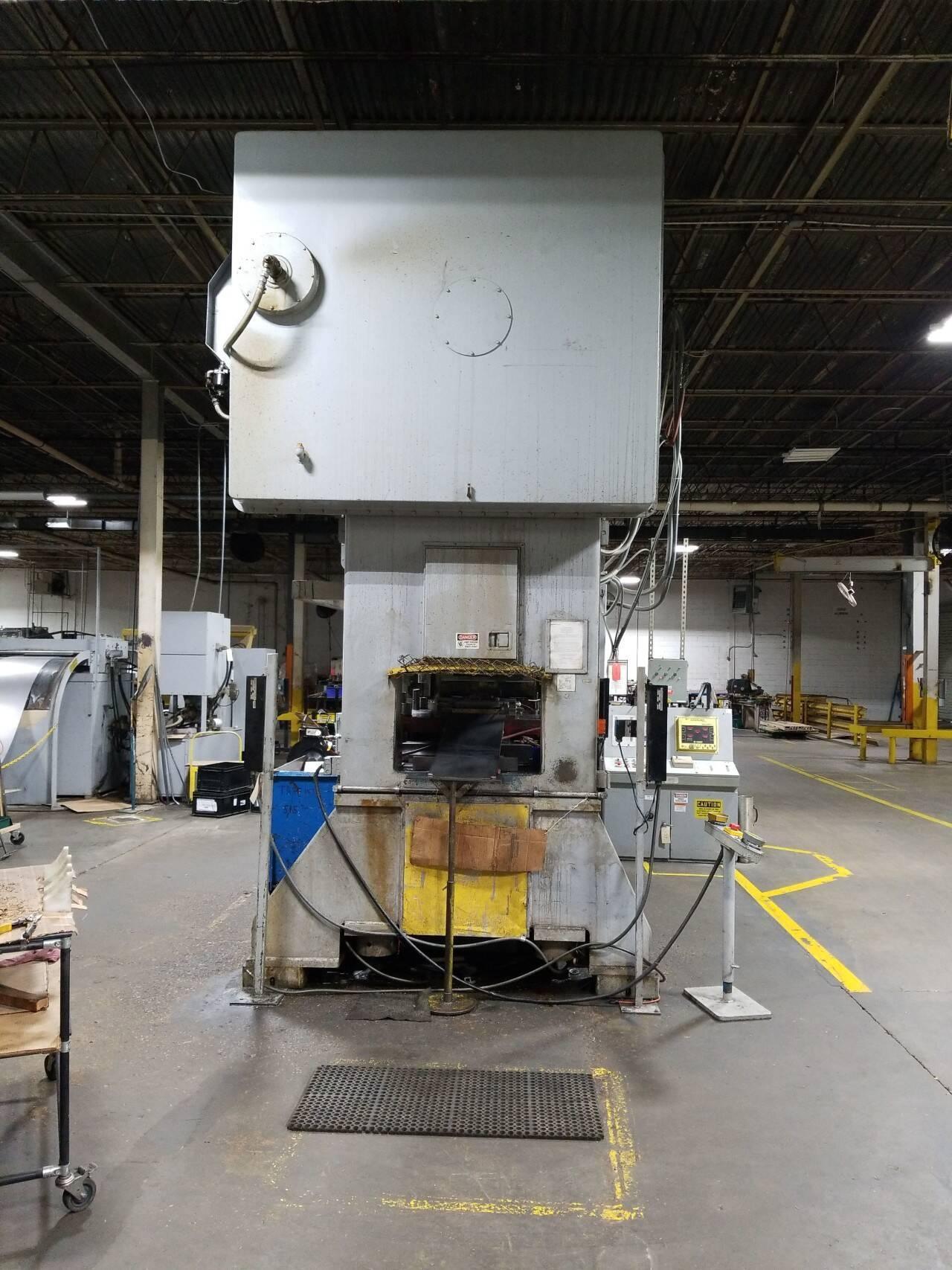 300 ton BLOW SE2-300-96-48 Straight Side Press