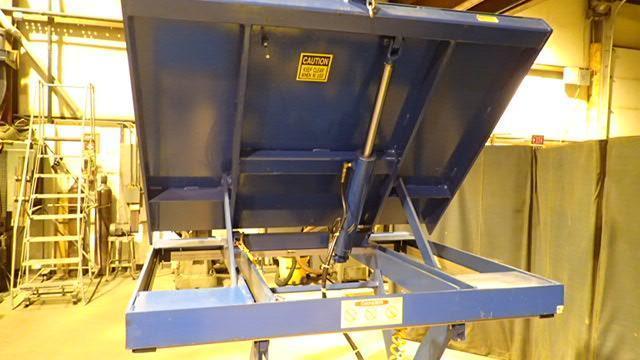 Vestil Mfg EHLTT-2-47 Platform Lift/Tilt Table 2000 lbs capacity.