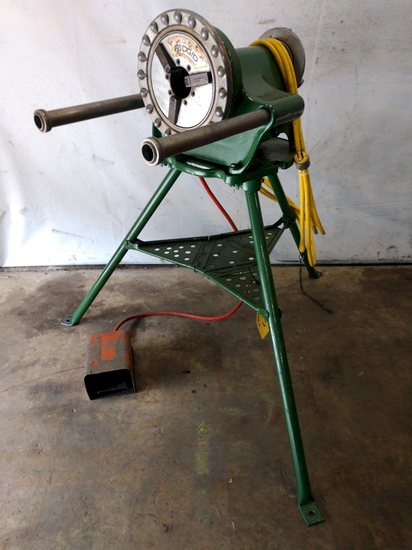 RIDGID #300 PIPE THREADER WITH TRI STAND: STOCK 13113