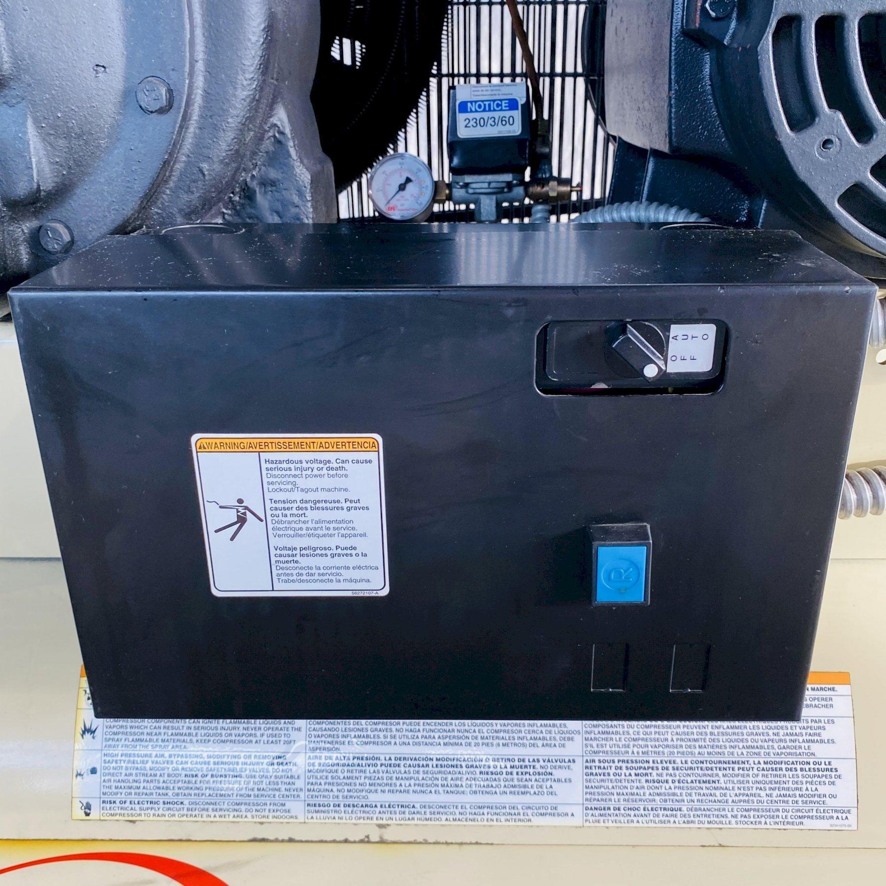 15 HP INGERSOLL-RAND 7100E15-V HORIZONTAL PISTON TYPE AIR COMPRESSOR. STOCK # 0631321