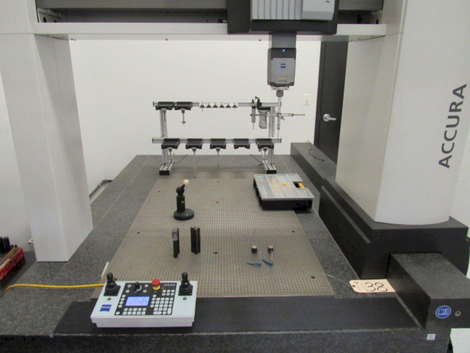 ZEISS2012 Accura II RDS 9/16/8 DCC Coordinate Measuring Machine (CMM)