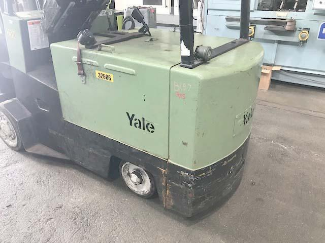"""10,000 LB YALE ELECTRIC FORK LIFT, Model ERC100, 10,000 LB lift capacity, 136"""" Lift Height, 36 Volt Battery and Charger, Solid Tires, 8"""" x 54"""" Forks."""