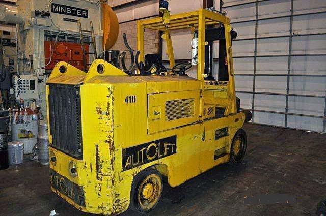 30000 LB. Forklift, Autolift