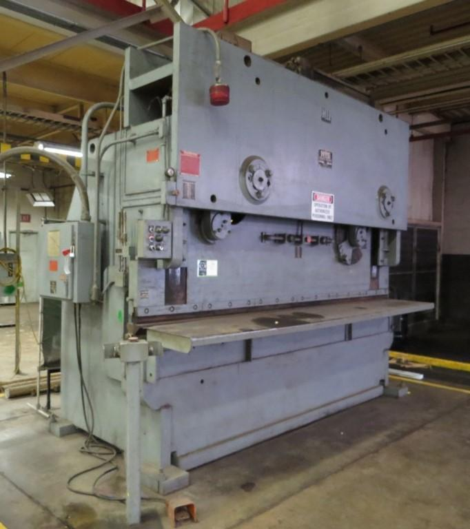 400 Ton x 12' HTC Hydraulic Press Brake