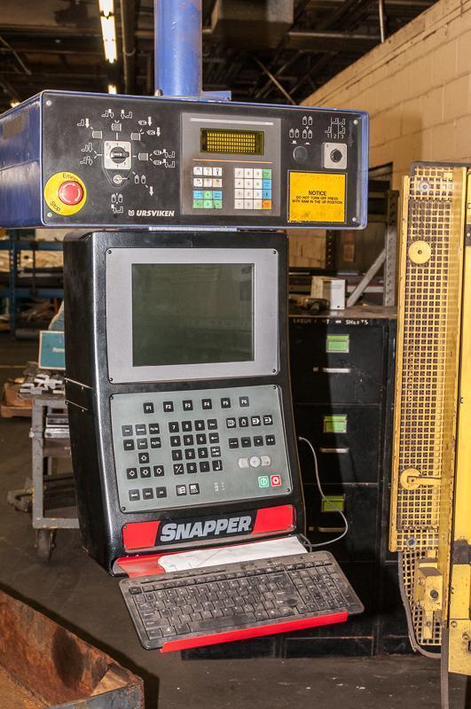 130 Ton x 12' Pullmax 7 Axis CNC Press Brake