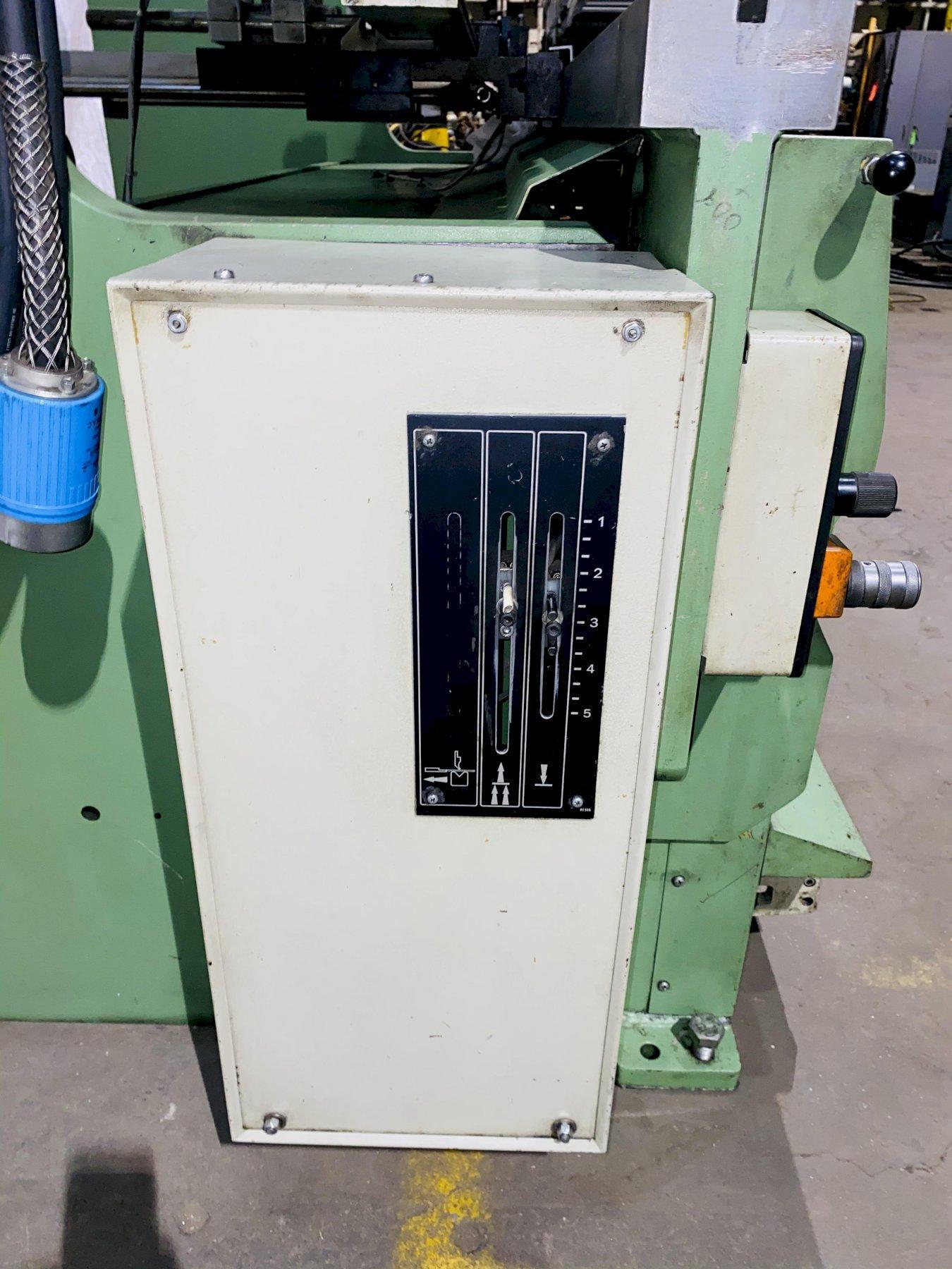 110 TON X 10' GUIFIL PE30-100 UP-ACTING HYDRAULIC PRESS BRAKE. STOCK # 1265620