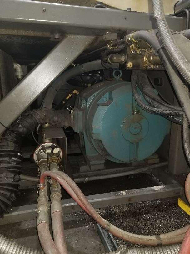 Cincinnati Milacron VH-400 Used Injection Molding Machine, 400 ton, Yr. 1993, 41 oz.