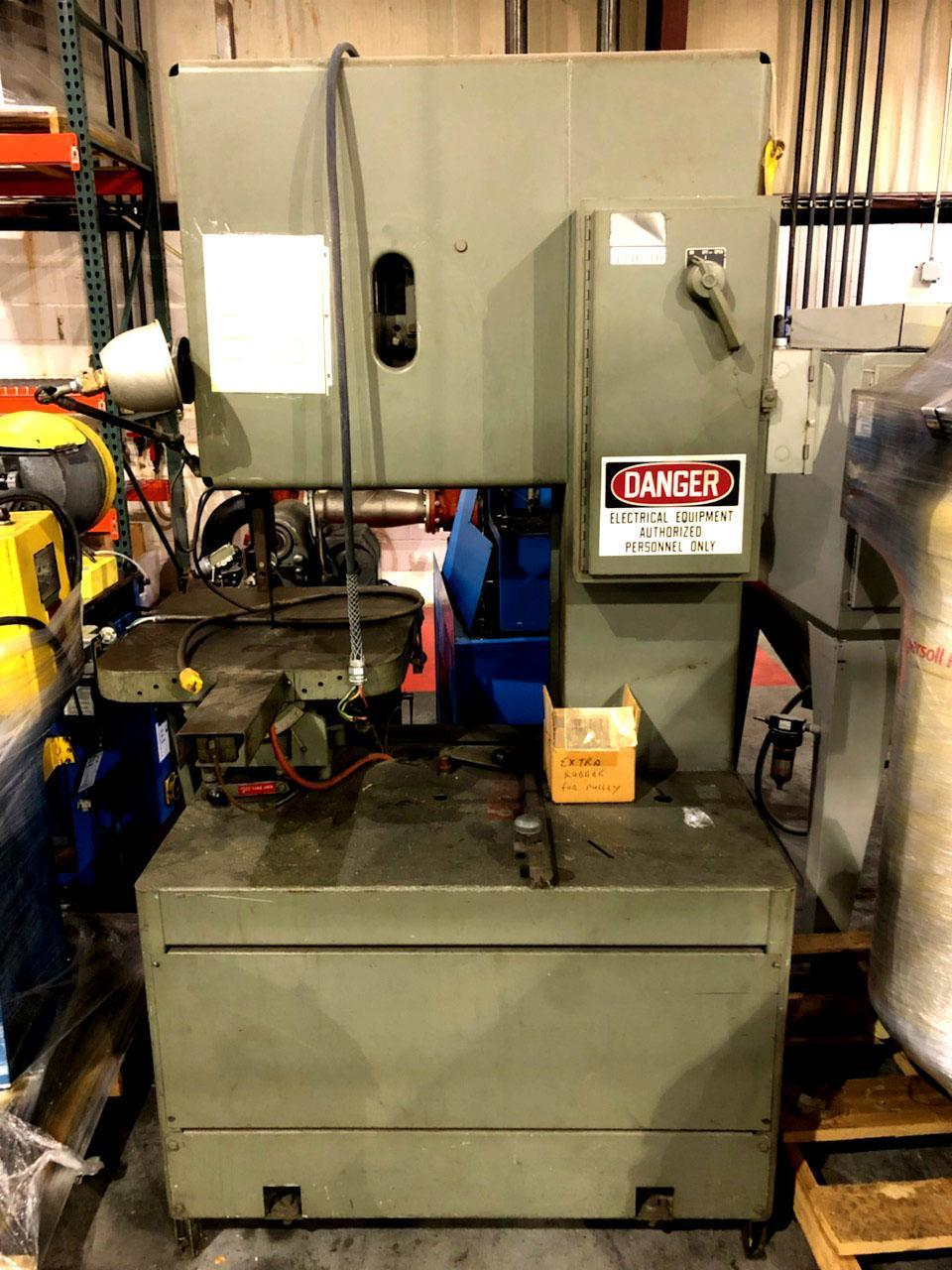 Grob Vertical  Band Saw Model Model 4V-24