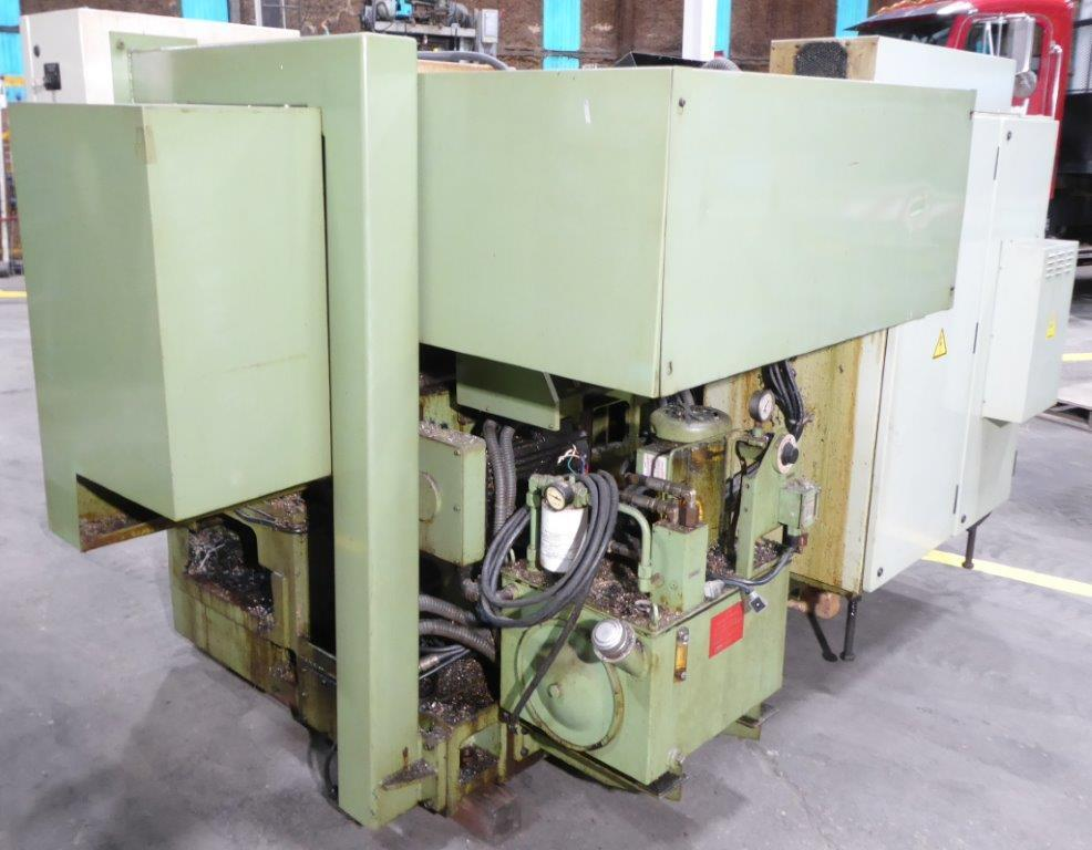 Okuma Cadet CNC Lathe, LNC-8T, 10″ 3-Jaw, Chip Conveyor, For Parts