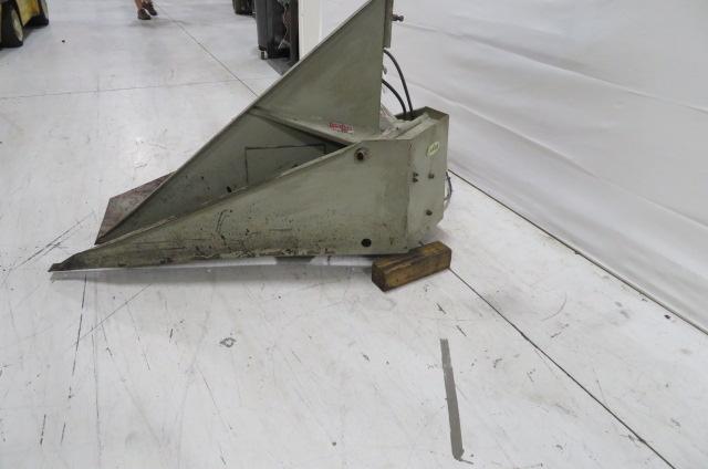 Conair Gaylord Used 29-950 Box Tilter, 1500 lbs. Capacity