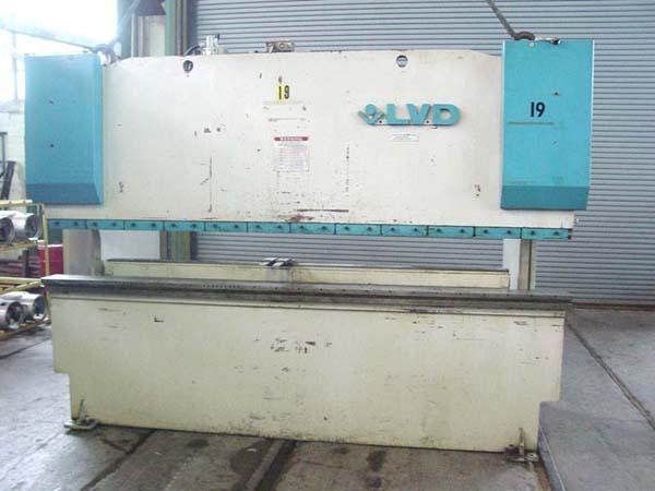 110 Ton X 10' Lvd Hydraulic Press Brake