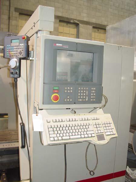 Cincinnati Arrow 1000 CNC Vertical Machining Center