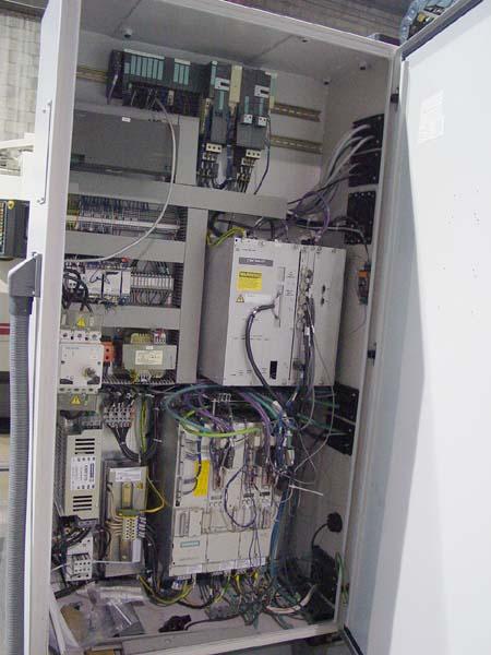 Cincinnati Arrow-500 CNC Vertical Machining Center