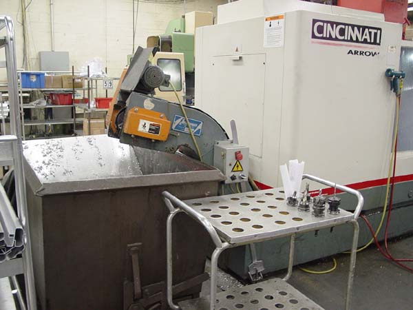 Cincinnati 2-Pallet CNC Vertical Machining Center