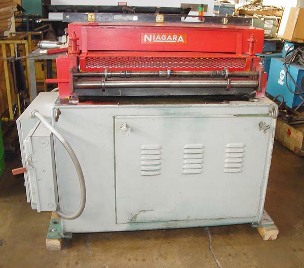 "36"" x .135"" NIAGARA Straightener, Model 350-7-36, 7 Rolls, Variable Speed, 36"" Max Width, New 1982."