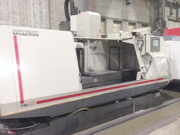 "CINCINNATI SABRE 2000, Siemens Acramatic 2100 CNC Control, 84"" x 30"" Table, X=80"", Y=30"",Z=30"", 8000 RPM, 21 Station Tool Changer, 1997."
