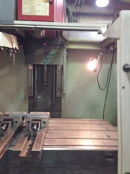 """CINCINNATI ARROW 1250, Siemens Acramatic 2100 CNC Control, X=50"""", Y=30"""", Z=30"""",60"""" x 30"""" Tbl, 8000 RPM, 21 Station Tool Changer, 1998."""