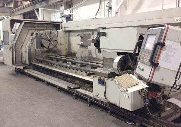 """BINNS & BERRY DATA 3000, Siemens 2100 CNC Control, 32"""" 4-Jaw Chuck, 59"""" Swing Over Bed, 51"""" Swing Over Cross, 197"""" Centers, Full C-Axis, Live Tooling, New 1999."""