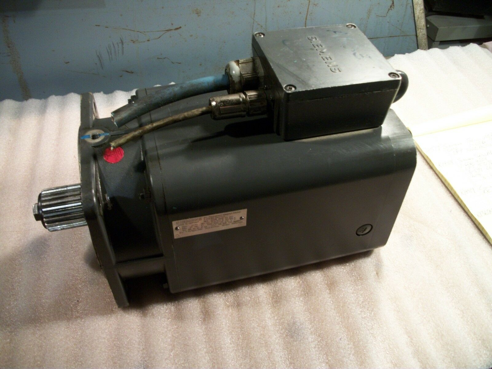 Siemens Servo Motor 1FT5102-0AC71-2