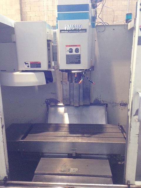 """FADAL VMC-40, Fadal HS88 CNC Control, 39"""" x 16"""" Table, X=22"""", Y=16"""", Z=20"""", 10,000 RPM, 21 Station Tool Changer, New 1994."""