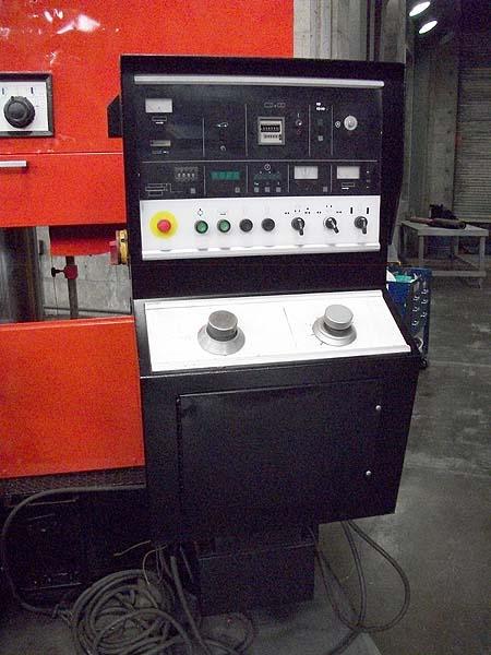 "31.5"" x 27.5"" AMADA HORIZONTAL BAND SAW, Model HA700A, Auto StocK Feed, Auto Down Feed, Multi Index Feed, 10 HP, 2"" Wide Blade, Coolant, New 1990."