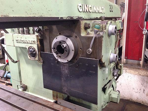 """320-2614 CINCINNATI PRODUCTION MILL, 26"""" x 202"""" Table, X=168"""", Y=14"""",Z=6"""", 2000 RPM, 20 HP, Rise and Fall, New 1968."""