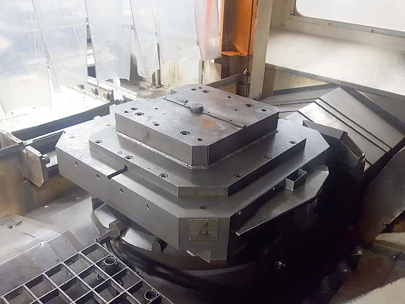 Okuma MC-800H Horizontal Machining Center