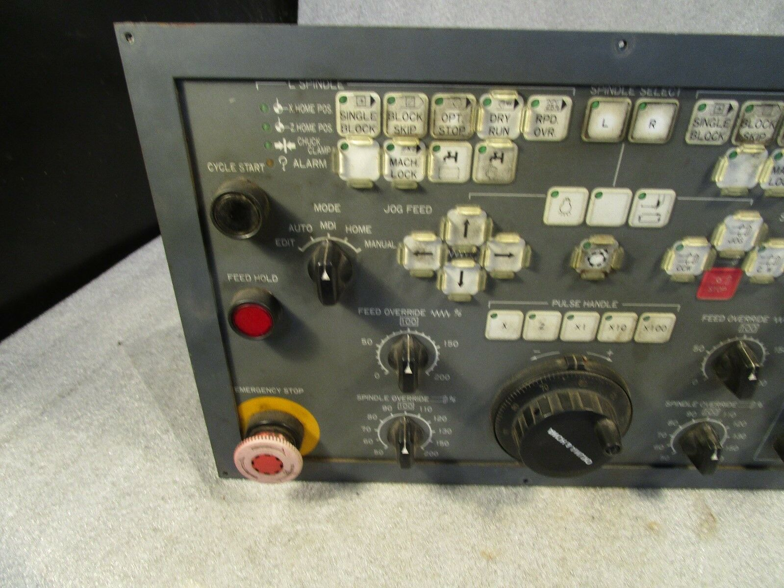 Okuma Howa Twin Spindle Operator Panel N000703D. From Machine with Fanuc 18 CNC