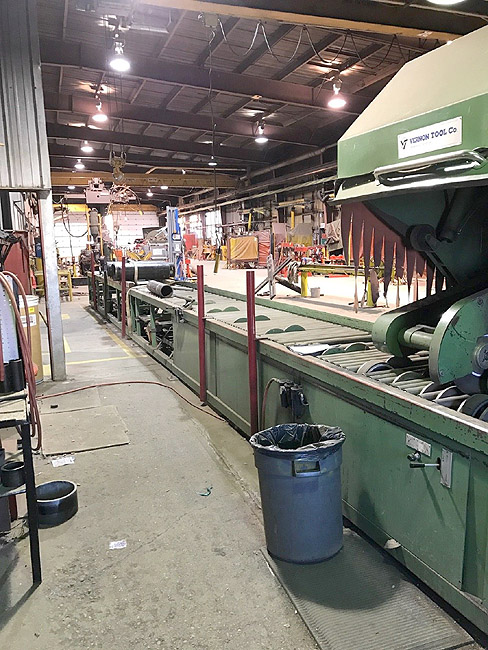 """VERNON TOOL COMPANY 24"""" Abrasive Pipe Saw and Bevel Machine, Model VAS-0124, 1"""" -24"""" Diameter Capacity, Saw and Bevel Spindles, Hydraulic Pipe Rolls, Pneumatic Hold Downs. 40 Foot Length."""