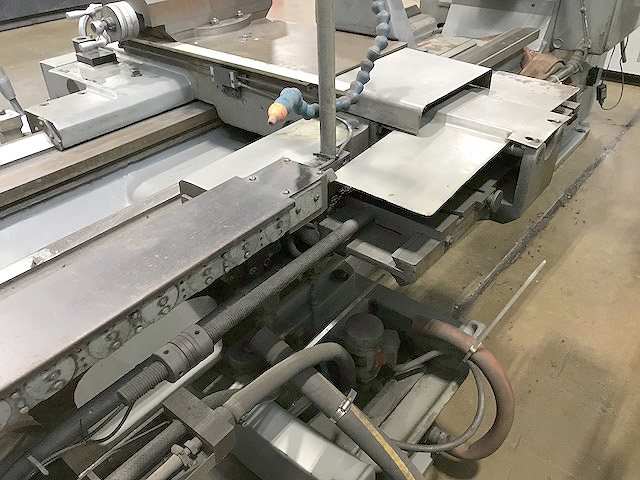 """25"""" x 120"""" SMTCL GAP BED LATHE, Model CW6263B, 25' Swing over Bed, 13.8"""" Over Cross Slide, 120"""" Centers, 20"""" 4-Jaw Face Plate, Threading, Taper, New 2008."""