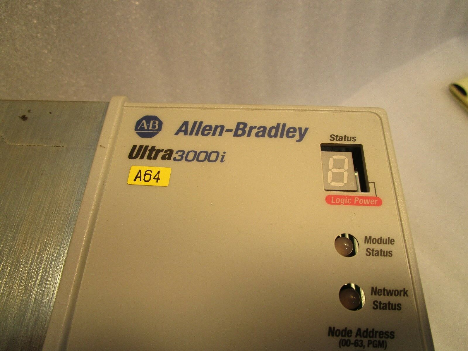 Allen Bradley Ultra 3000i 2098-DSD-HV030X-DN Axis Drive, Servo Amp
