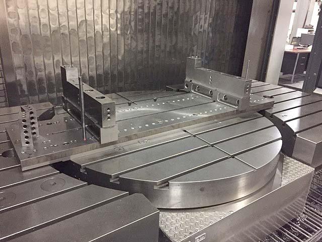 SW Werkzeugmaschinen 5-Axis Vertical / Horizontal Machining Center