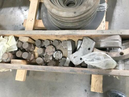 """31"""" ROTOMORS 4-JAW Self Centering Hydraulic Chuck with 15"""" Bore, Model MC-ID, 15.15"""" Hole, 20mm Jaw Stroke, 55,000 LBS Clamp Force."""