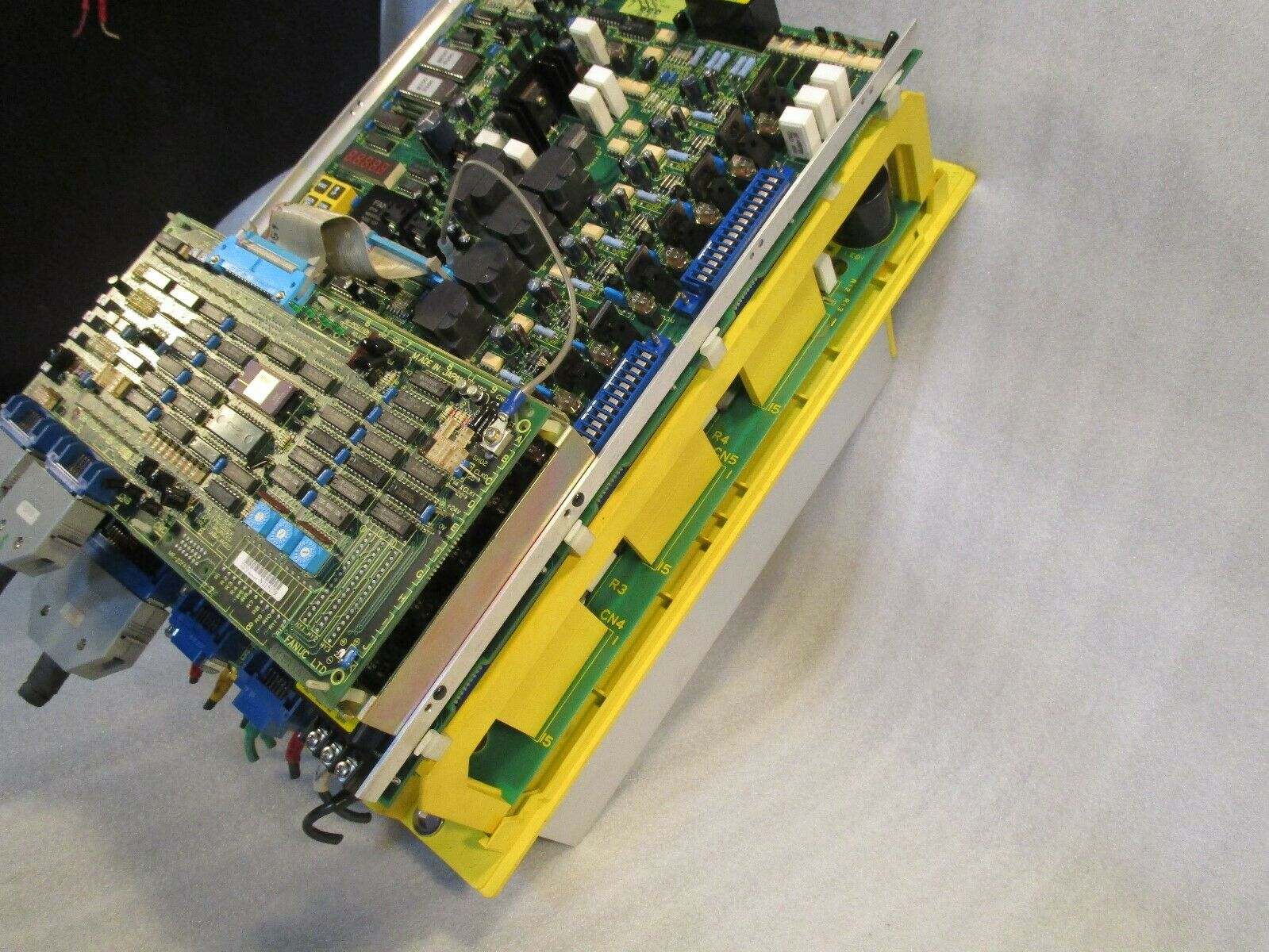 Fanuc Spindle Drive Spindle Amp A20B-1003-0010/15b A20B-0008-0242 /0203A -0020