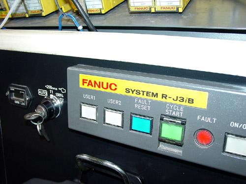 FANUC ROBOT R-2000 IA 165F 6-AXIS, FANUC SYSTEM R-J 3IB