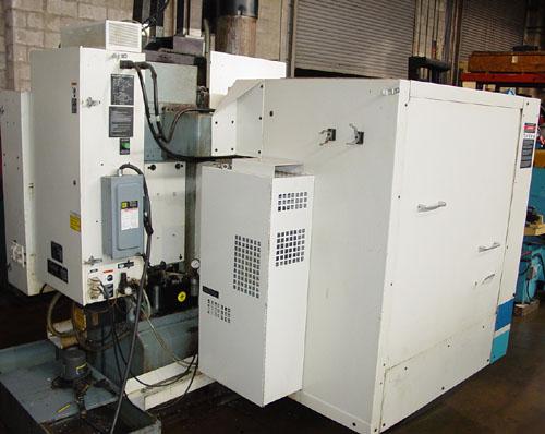 """FADAL 4020, Fadal Multi Processor CNC Control, X=40"""", Y=20"""", Z=20"""", 21 ATC, 2002."""