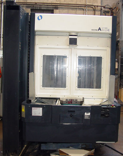 "MAKINO A-55E, Pro 3 CNC Control, X=22"", Y=22"", Z=23"", (2) 15.7"" Fully Contouring Square Pallets, 90 ATC, 14,000 RPM, Cut Plastic, 2001."