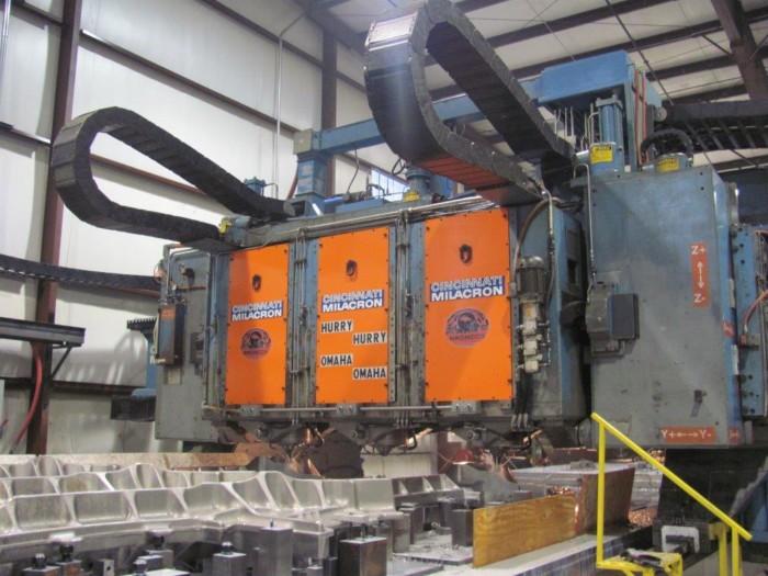 Cincinnati 3 Spindle 5 Axis Gantry Profiler w/Siemens 840D CNC Control