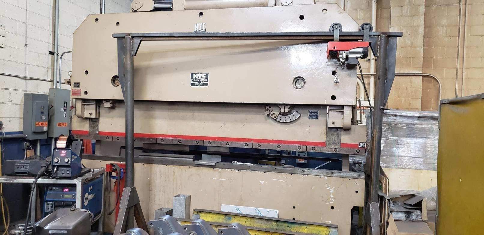 200 Ton x 12' HTC Hydraulic Press Brake