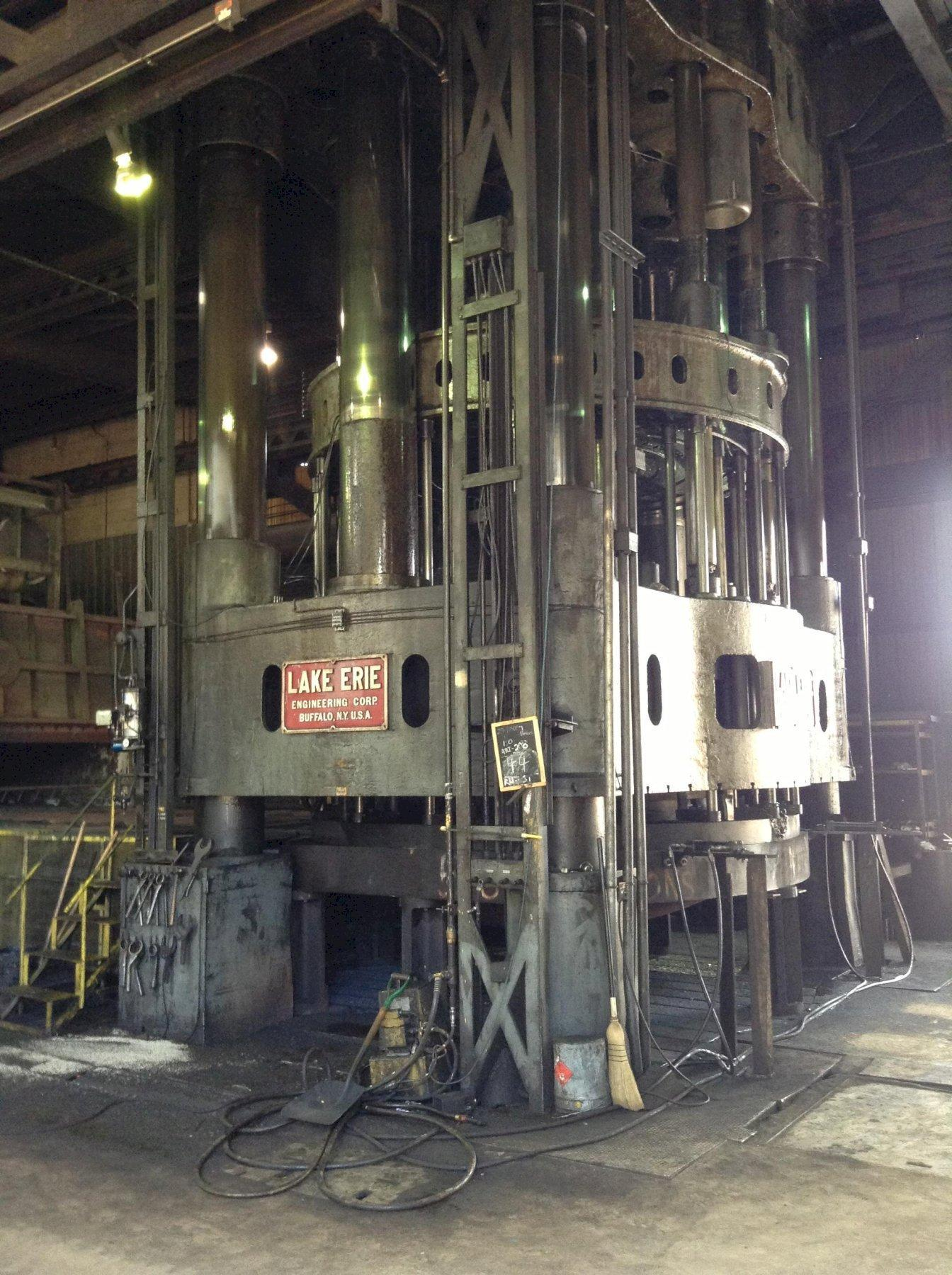 4,000 TON LAKE ERIE DOUBLE ACTION HYDRAULIC PRESS: STOCK #13320