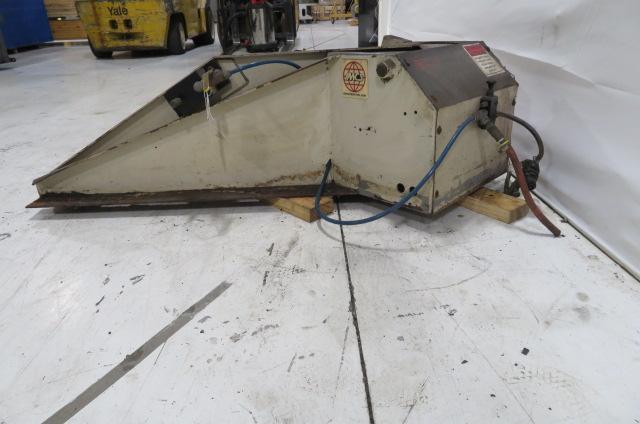 IMCS Used Box Tilter, 1500 lbs Capacity