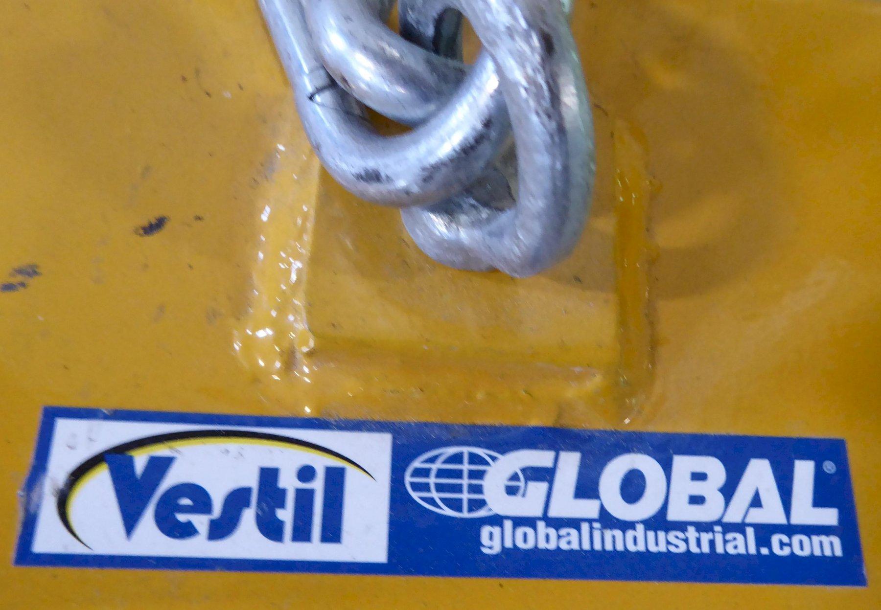 Vestil Fork Truck Drum Carrier/Rotator, DCR-205-8, Like New