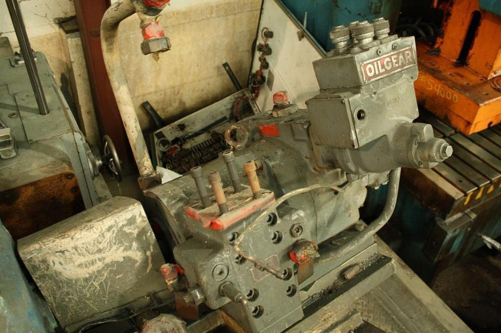 40 HP MOTOR AND OILGEAR PUMP: STOCK