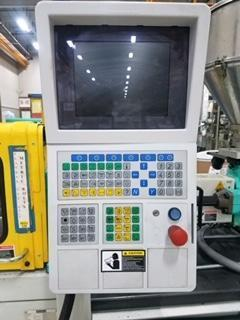 Arburg Used 221K250 Injection Molding Machine, 28 US ton, Yr. 2005, 2.3 oz.