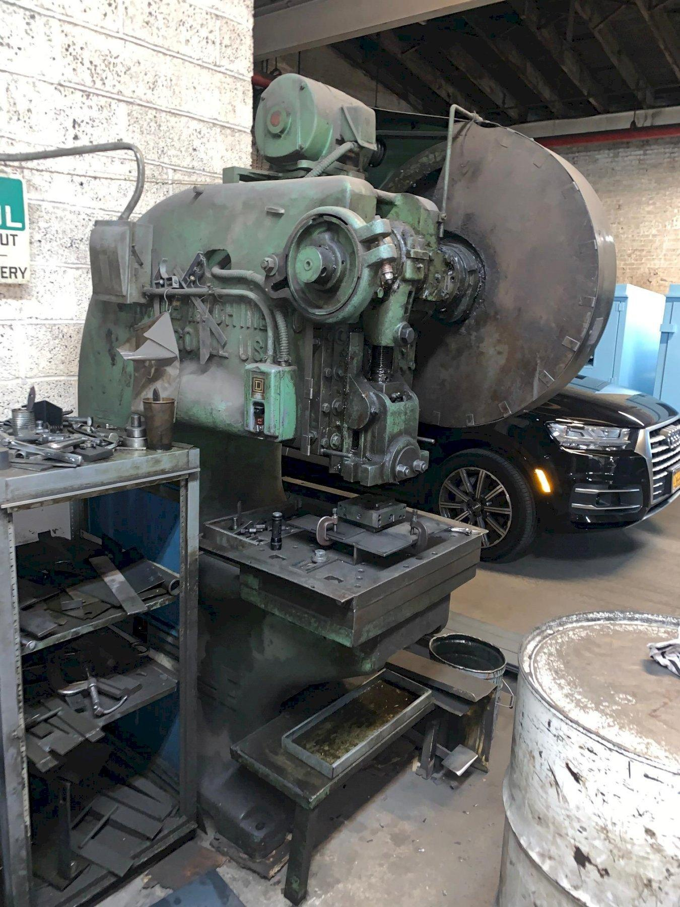 40 Ton Used Rousselle Gap Frame Mechanical Clutch Press Model 4G